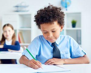 کودکان و نوجوانان آزمون دهنده استعدادیابی